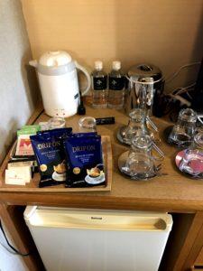 お茶・コーヒー・お水無料!