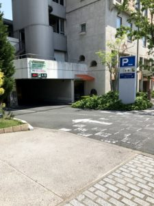 ホテル 駐車場
